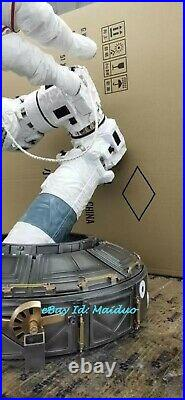 1/4 NASA astronaut Statue EMU space station Resin Model GK Collections