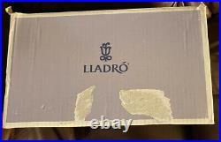 LLADRO 1606 Latest Addition Retired! Mint Condition! Original Grey Box! Rare