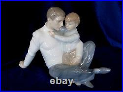 Nao By Lladro #1622 To Love And Protect Brand New In Box Father & Son Save$$ F/s