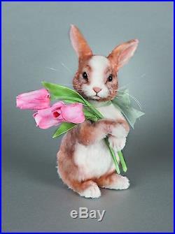 R. John Wright Tulip Bunny Rabbit NRFB