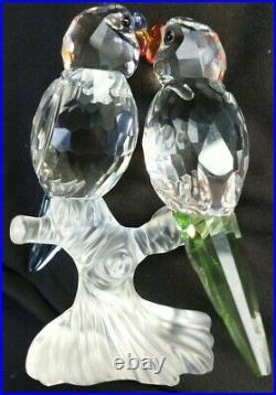 Swarovski Crystal Figurine #680627 Budgies Pair of Parrot Bird RARE