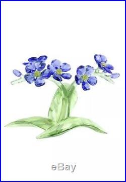 Swarovski Crystal Figurine/ Flower/Forget Me Not #5374947