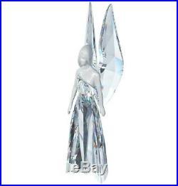 Swarovski Crystal Mint Figurine Christmas Angel Adrienne Very Rare 1094407 MIB