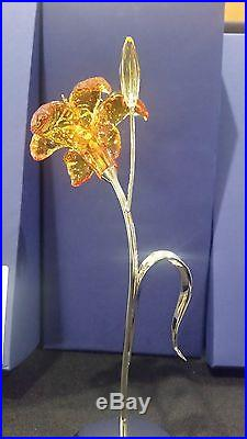 Swarovski Crystal Paradise Dillia Flower figurine 850597 Brand New