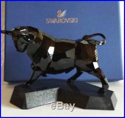 Swarovski Crystal Soulmates Black Jet Bull Powerful Ox 5079250