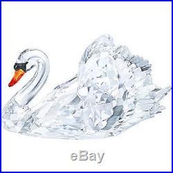 Swarovski Graceful Swan Crystal in Original Box # 1141713